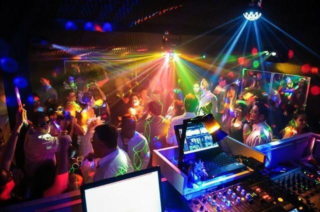 Som, DJ, Iluminação, jogo de luz neon para 15 anos, formaturas, infantil *