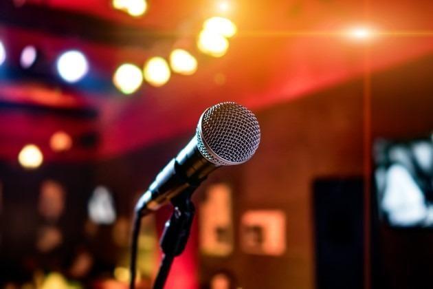 Aluguel de karaoke e videoke em Teresina. Materiais para eventos - *