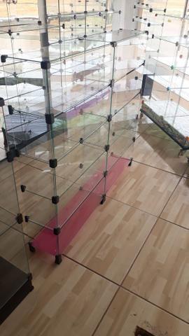 Prateleira, vitrine ou balcão de vidro com pezinho - Foto 2