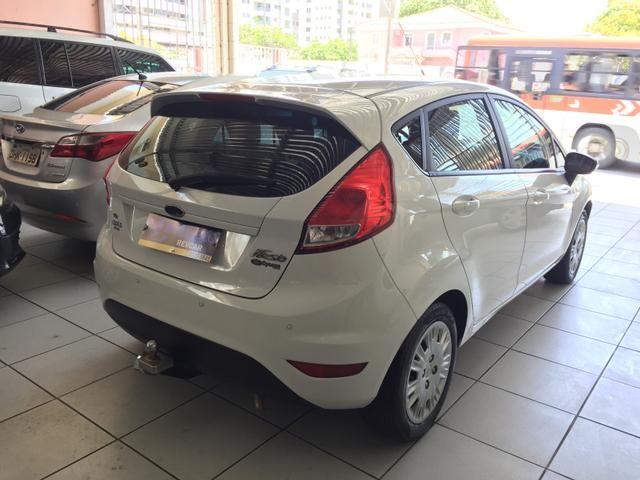 New Fiesta 1.6 SE - Foto 8