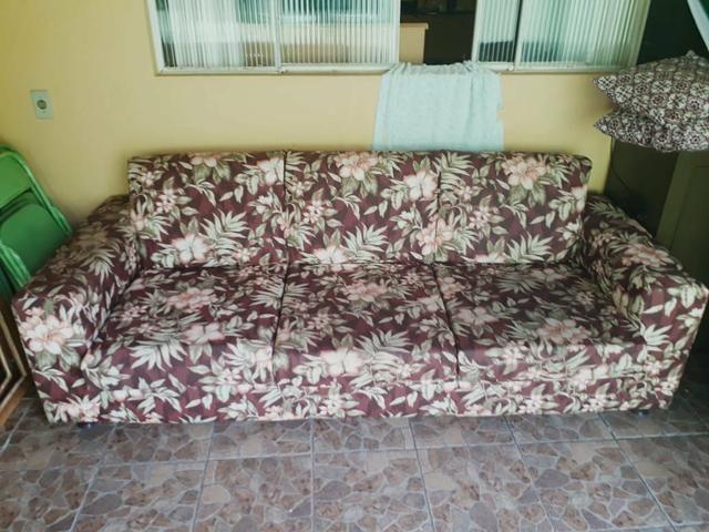 Sofá parma de 3 lugares semi novo com tecido impermeável - Foto 3