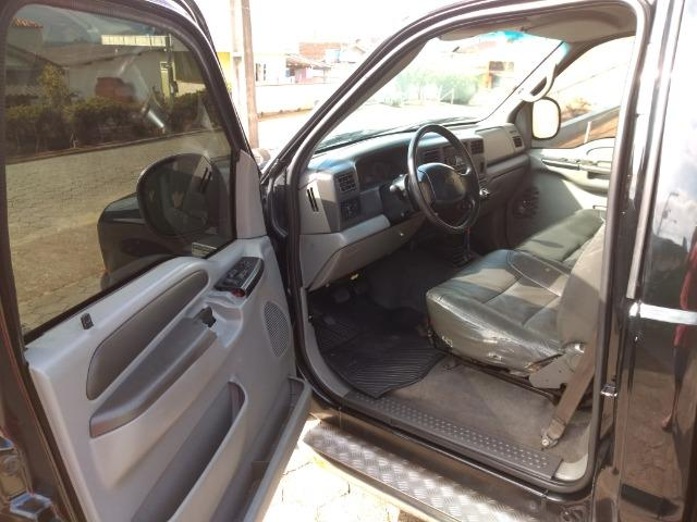 Ford F-250 xlt Super duty cabine simples - Foto 6