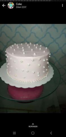 Bolos, tortas e salgados