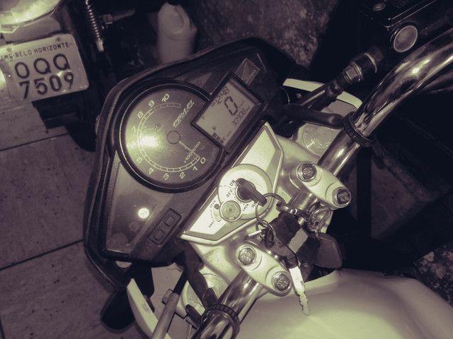 Moto honda 300 branca 30.000 klms - Foto 7