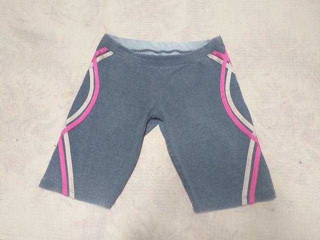 Dois shorts Tam M por 10 reais