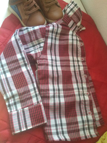 Desapego botinha e camisa - Foto 5