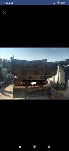 Vendo caminhão caçamba f600  - Foto 2