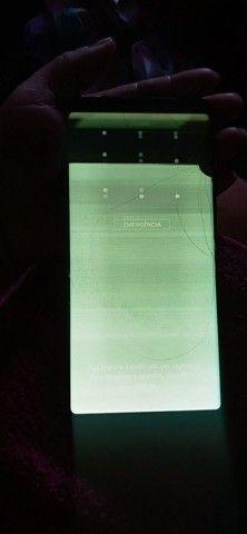 Vendo uma Galaxy note 8 com display vazado 600,00