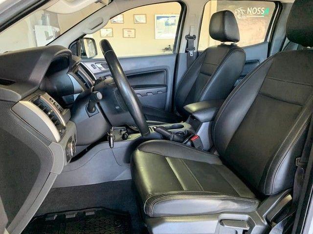 Ford - Ranger XLT 3.2  - Foto 11