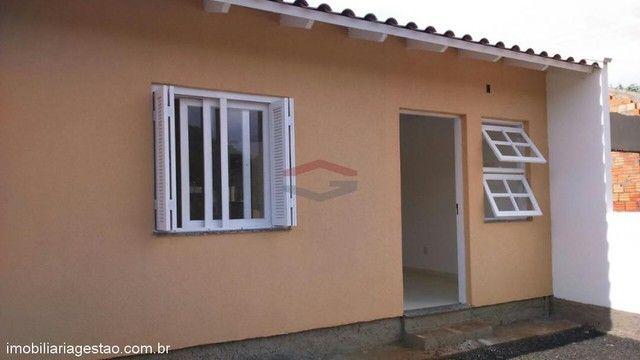 Casa de 2 ( dois ) dormitórios de esquina em NSR - Foto 5