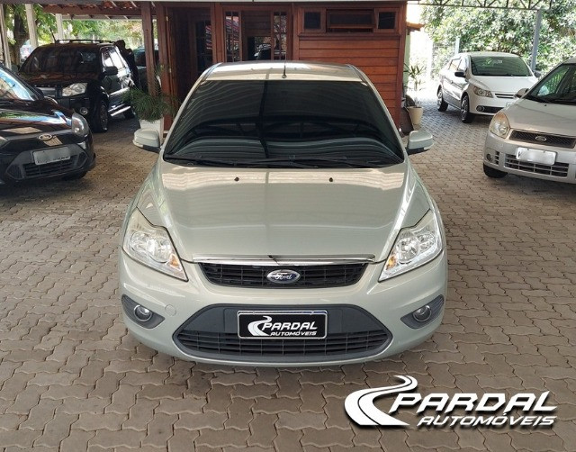 Ford Focus 1.6 GLX