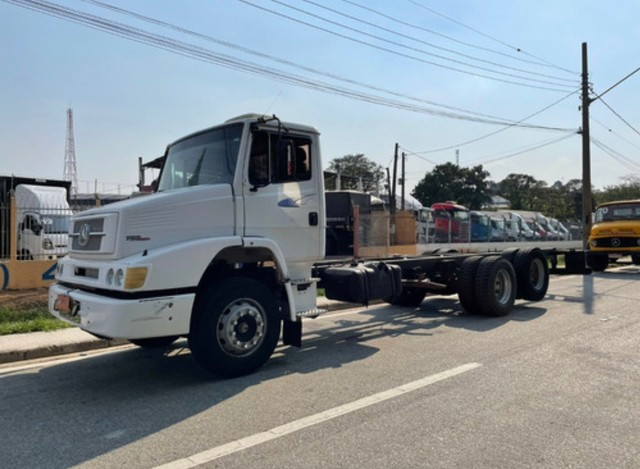 MBL 1620 Truck