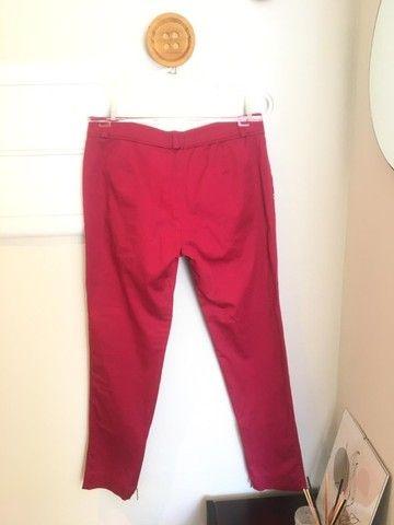 Calça vermelho cereja Le Lis Blanc TAM 38 usada - Foto 3