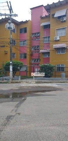 Apartamento com 2 dormitórios para alugar, 58 m² por R$ 1.300,00/mês - Imbuí - Salvador/BA