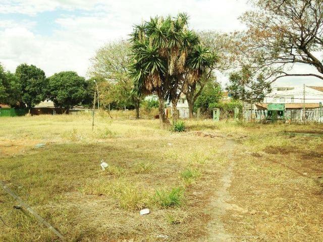 Terreno 1430 m² Guará I