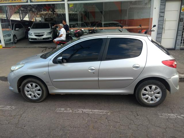 Peugeot XR ano 2009, 1.4 completo - Foto 4