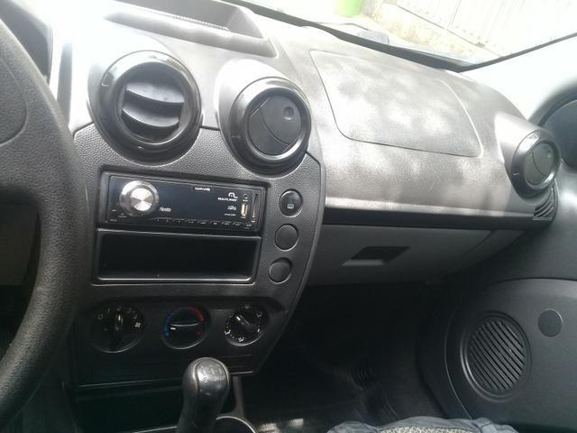 Carro de garagem muito novo tabela 17.270 valor para vende rapido 14.500 - Foto 3