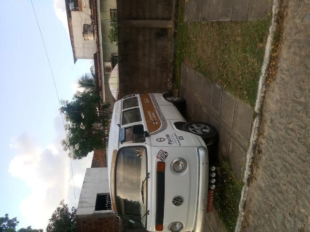 Vendo Kombi de Praça transporte alternativo - Foto 13