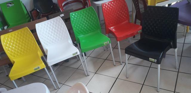 Cadeiras com um melhor acabamento em Promoção