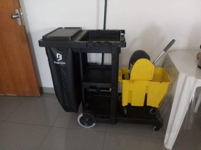 Vende-se carrinho  de limpeza  - Foto 3