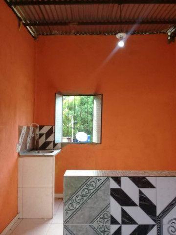 Armando Mendes casa de dois pisos, fica nos fundos de outra casa tem mais um apartamento - Foto 5