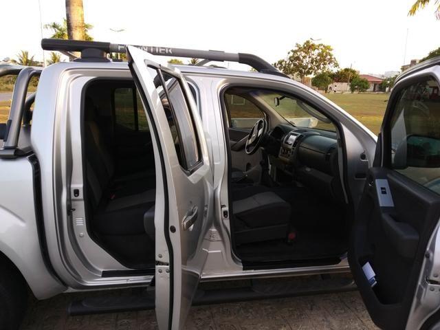 Nissan FRONTIER SV 4X4 linda! - Foto 7