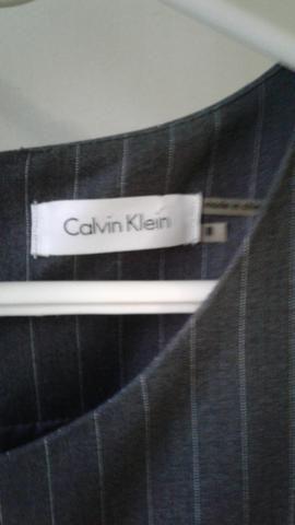 Vestido importado Calvin Klein NOVO - Foto 2