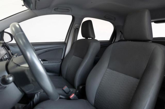 Toyota Etios XLS 1.5 Prata 2014 Completo - Foto 5