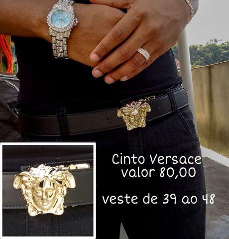 Cintos de griffe Lv, Gucci, versace, relogio ice, kit ice, corrente cravejada - Foto 4