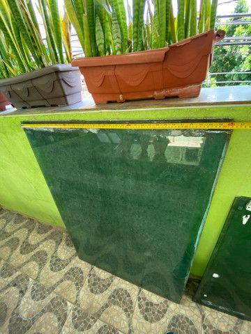 Vidro temperado 6mm verde 0,93x1,30