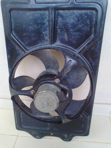 Ventoinha do Radiador Santana 1.8 1999 sem AC - Foto 2