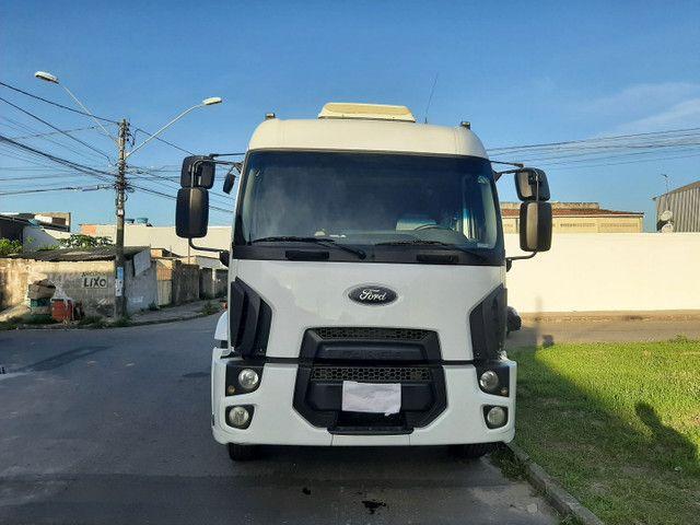 Ford cargo 1933 2016/2017 automático 4x2 único dono completo. - Foto 8