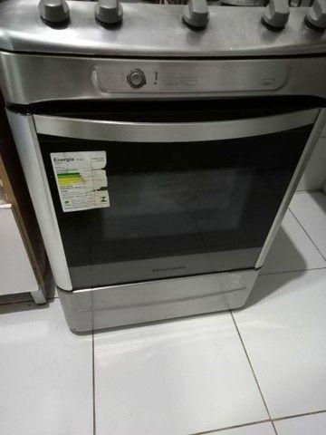 Vendo fogão inox com acendimento automático!! - Foto 2