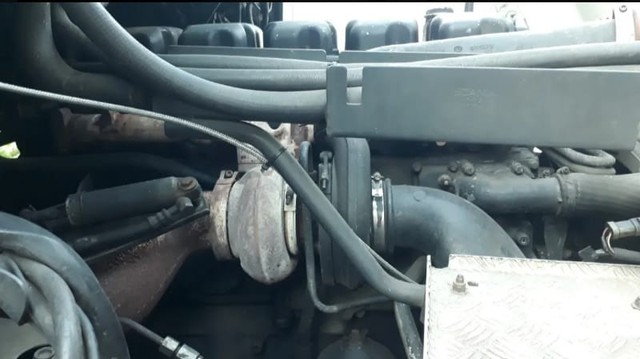 Scania 124 420 Ano 2000 - Foto 8