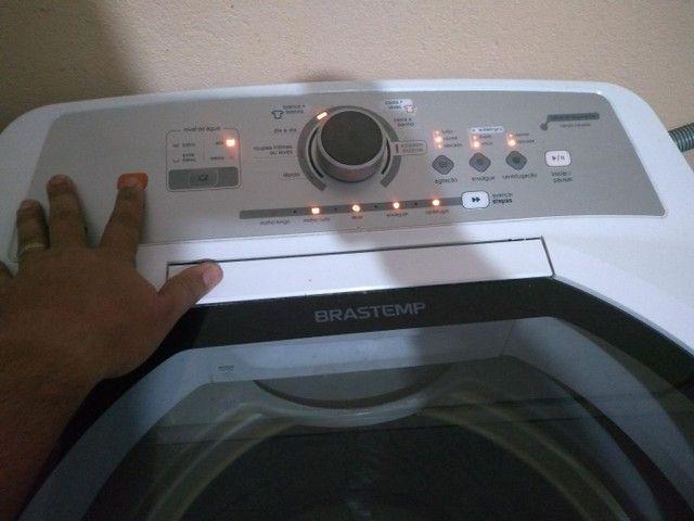 Vendo máquina de lavar roupa 15k impecável tudo ok não e de concerto ! - Foto 3