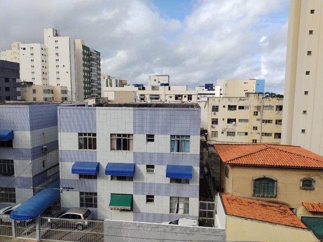 Venda de apartamento com 2 dormitórios, mais dependência completa, 92 m² por R$265,000     - Foto 2