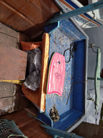 Barco de fibra .  - Foto 4