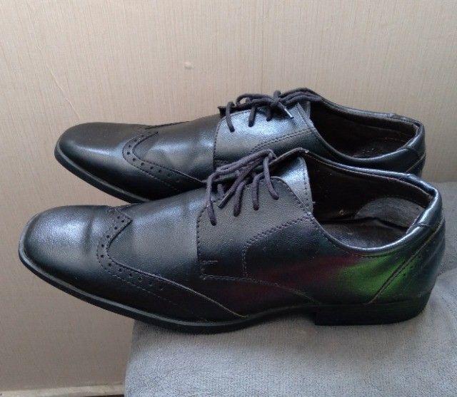 Disponível  sapato social tam 41 - Foto 2