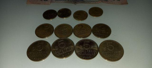 Lote de moedas e cedula do Uruguai antigas - Foto 5