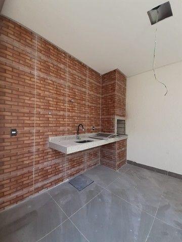 Casa para venda possui 106 metros quadrados com 3 quartos em Vila Paraíso - Goiânia - GO - Foto 2