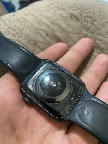 Apple Watch S4 44mm - Barbada - Foto 3