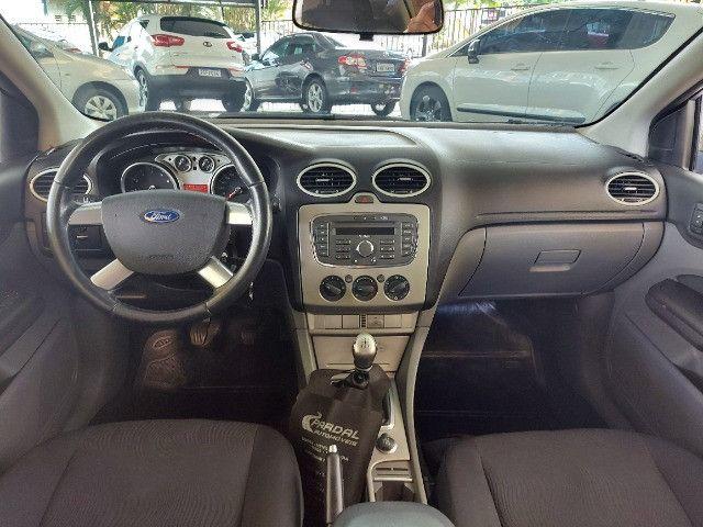 Ford Focus 1.6 GLX  - Foto 6