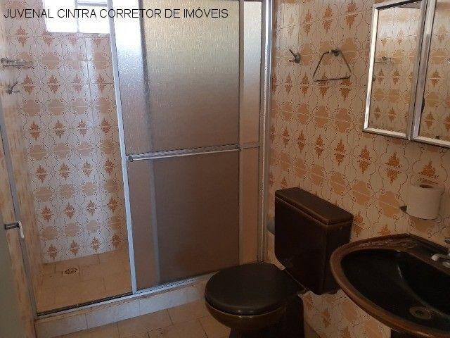Vendo uma casa ampla em Itapuã, 7/4, suítes, comercial ou residencial R$ 850,0000! - Foto 19