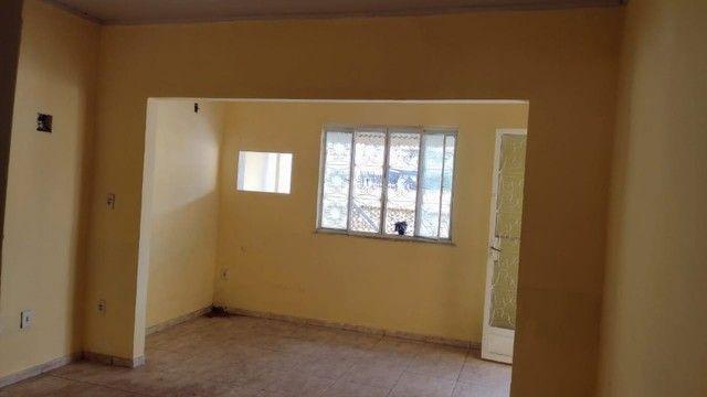 Casa com 3 quartos, 2 salas, copa, cozinha, banheiro, 2 varandas e 1 garagem. - Foto 8