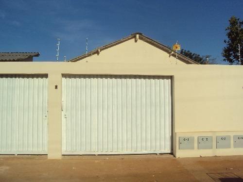 Casas de 2 quartos no Jardim Elvécia - Aparecida de Goiânia-GO
