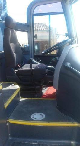 Ônibus Mercedes Benz Paradiso 51 passageiros - Foto 4