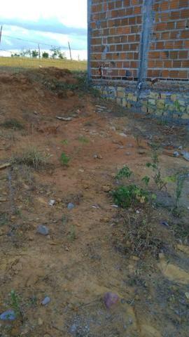 Vende-se ou troca esse terreno 8 x 16 cidade tucano Bahia - Foto 5