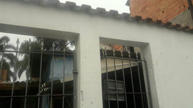 Vendo casa em ferraz de vasconcelos (jardim Renata )