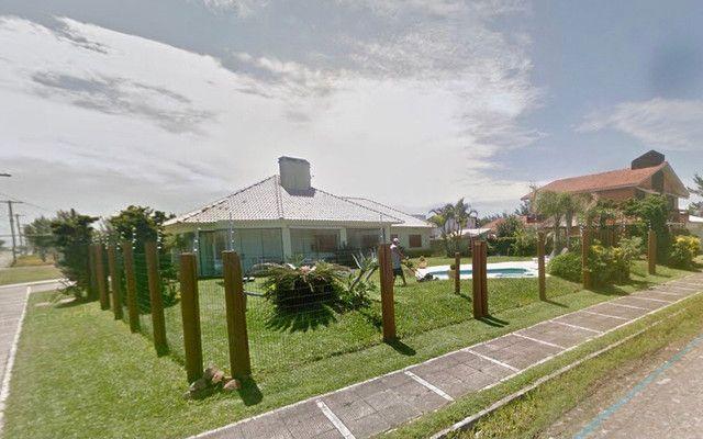 ALUGO! Belíssima casa em Capão da Canoa, ótima localização! - Foto 6