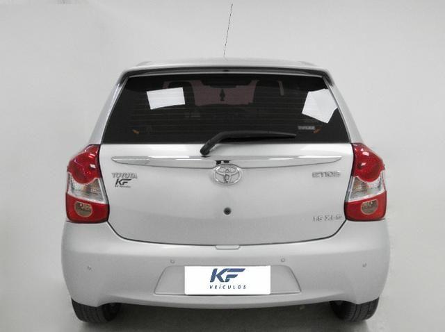 Toyota Etios XLS 1.5 Prata 2014 Completo - Foto 4